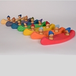 Wooden Canoe Bath Toy (with two peg people)