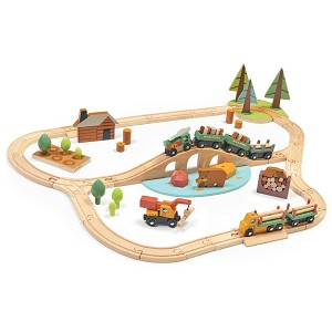 Wild Pines 30-Piece Train Set